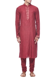 maroon-embroidered-kurta-set