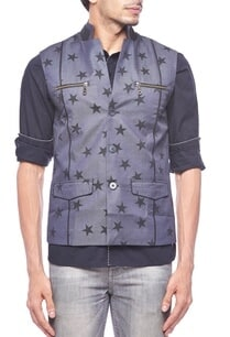 dark-grey-star-printed-zipper-bandi