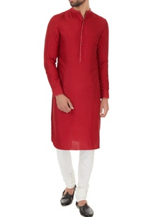 maroon-cotton-silk-solid-kurta-with-off-white-cotton-lycra-churidar