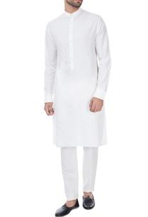 white-classic-style-kurta