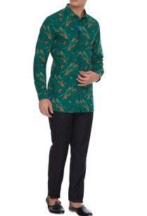 green-butterfly-floral-printed-collar-shirt