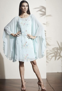 sky-blue-floral-embroidered-kaftan