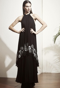 black-tiered-style-gown