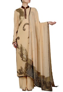 beige-leaf-embellished-kurta-set
