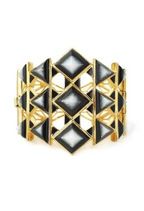 black-pyramid-quartz-hinge-cuff
