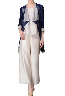 indigo-waist-coat-with-white-striped-inner-layer