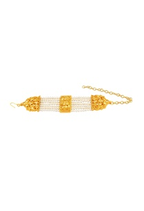 gold-polished-bracelet-with-pearl-work