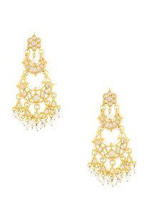 gold-polished-kundan-chaandbaali-earrings
