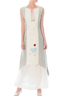 off-whitetwo-piece-gown-with-applique-details