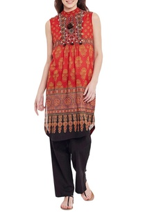 red-high-neck-and-sleeves-printed-kurta