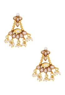 gold-kundan-and-pearl-set