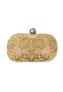 gold-zardozi-clutch