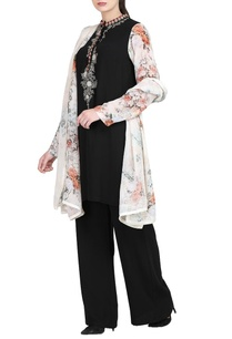 black-embroidered-kurta-with-trousers-dupatta