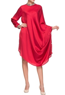 red-band-collar-dress