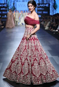 deep-red-bead-embroidery-lehenga-blouse