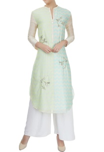 yellow-and-blue-shaded-chevron-and-sequin-motif-kurta