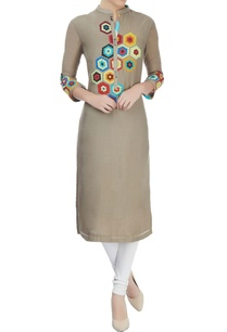 grey-kurta-with-multi-color-applique-work