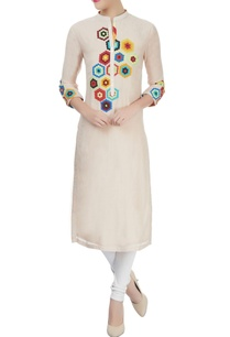 light-peach-kurta-with-multi-color-applique-work