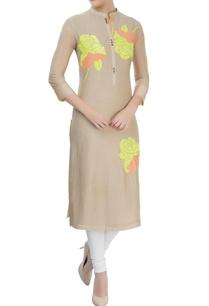 light-beige-cotton-silk-kurta-with-sequin-motifs-details