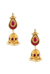 gold-finish-jumki-earrings-with-kundan-pink-accents
