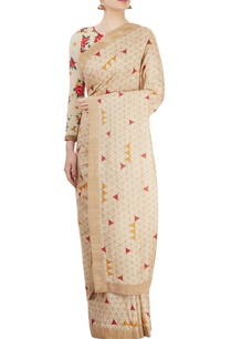 beige-printed-sari-with-embroidered-blouse