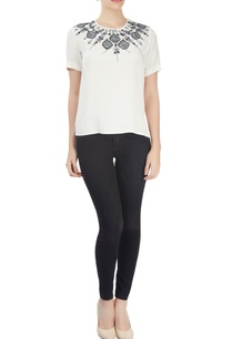 white-top-with-embroidered-neckline