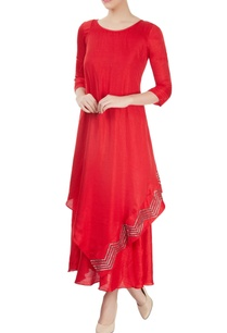 red-embellished-kurta-with-overlap-effect