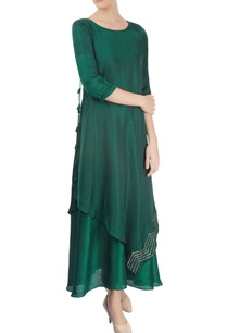 green-embellished-kurta-with-overlap-effect