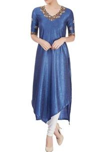 blue-embroidered-kurta-with-asymmetrical-hem