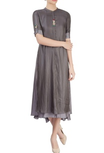 grey-layered-kurta-with-asymmetrical-hemline