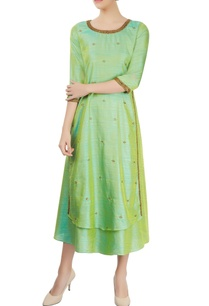 green-layered-kurta-with-embroidery