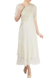 white-embellished-kurta