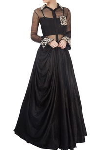 black-embroidered-skirt-set