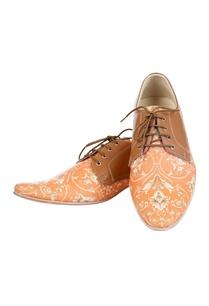 orange-brown-printed-shoes