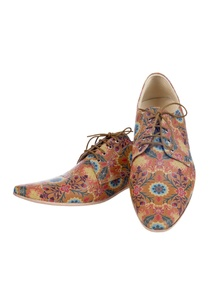 brown-floral-printed-shoes