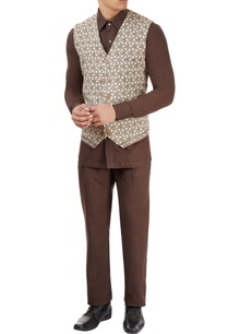 vegetable-printed-jacket-with-an-uneven-hem