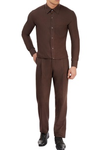 brown-pleated-trouser