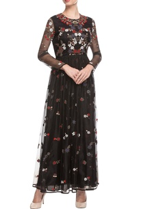 black-embroidered-maxi