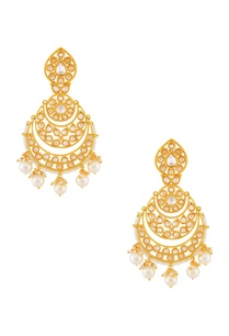 gold-white-beaded-earring