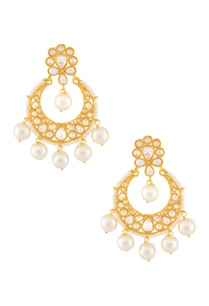 white-gold-beaded-earring