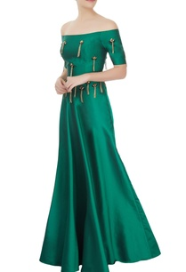 emerald-green-off-shoulder-top-skirt-set-with-tassels