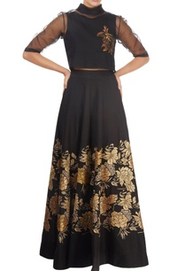 black-skirt-with-gold-tissue-applique