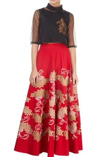 red-skirt-with-gold-tissue-applique