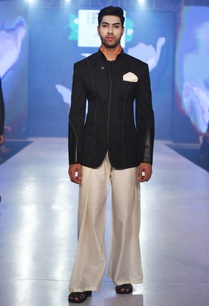 black-bandhgala-with-panelled-sleeves