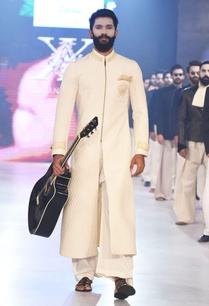 off-white-quilted-sherwani