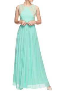 mint-green-gown-with-crochet-zardozi