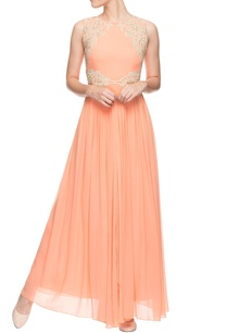 salmon-gown-with-crochet-zardozi