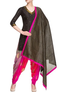 pink-black-embellished-kurta-set