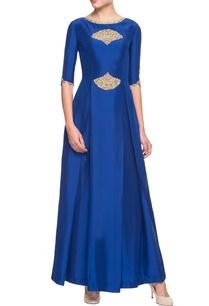 blue-kurta-with-embroidery