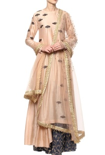 peach-hand-embroidered-kurta-set